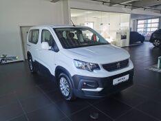 Objavte viac informácií o vozidle Peugeot Rifter Active 1,2 PureTech 110k, BVM6